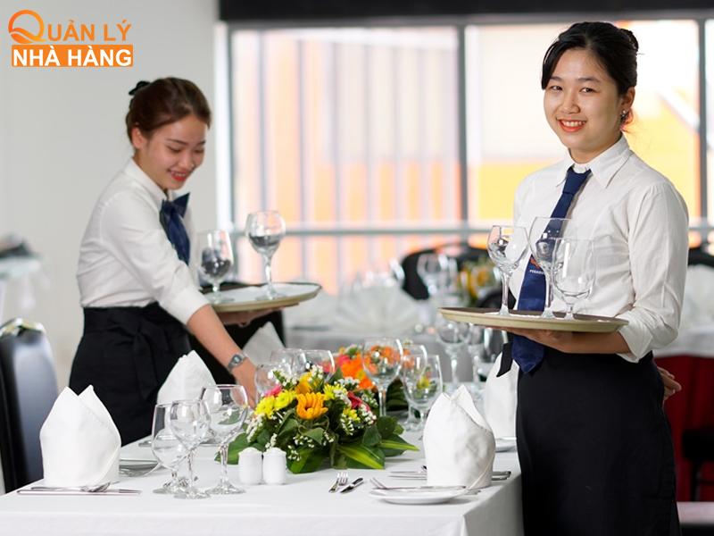 nội quy về trang phục đối với nhân viên nhà hàng