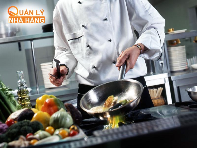 Sắp xếp nhân sự nhà bếp một cách hợp lý